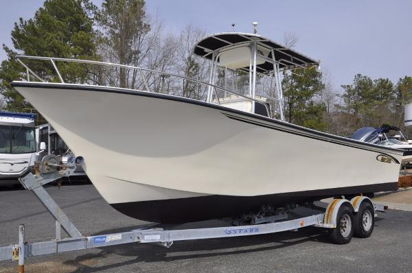 May-craft 2550 Center Console