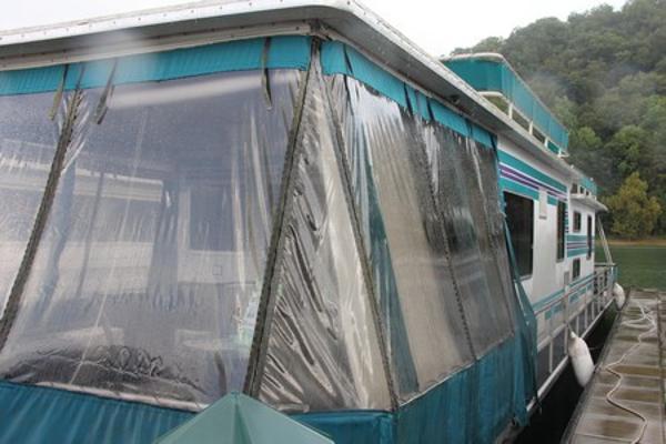 Sumerset Houseboats w/Catwalks