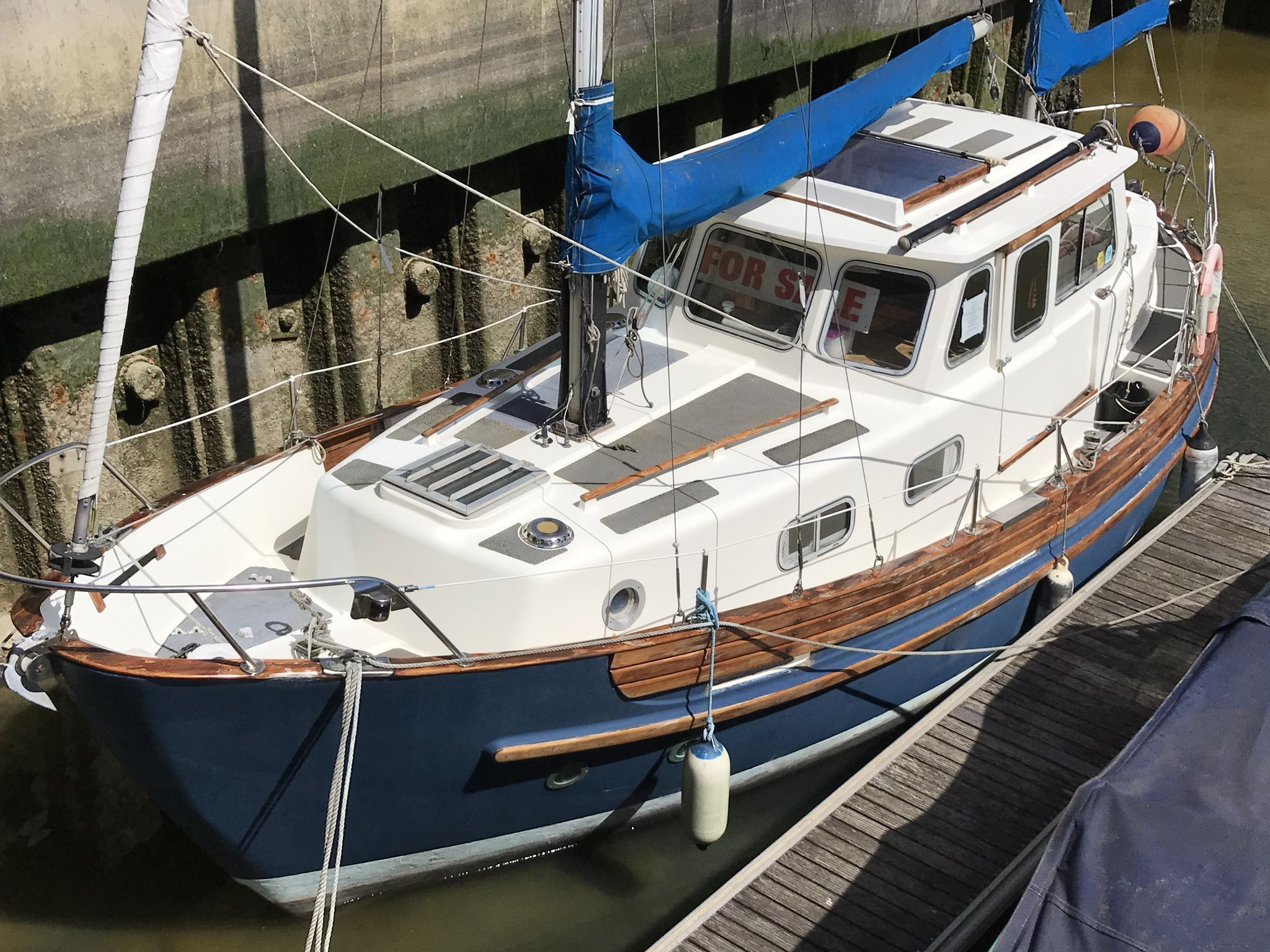 Fisher Northeaster 30