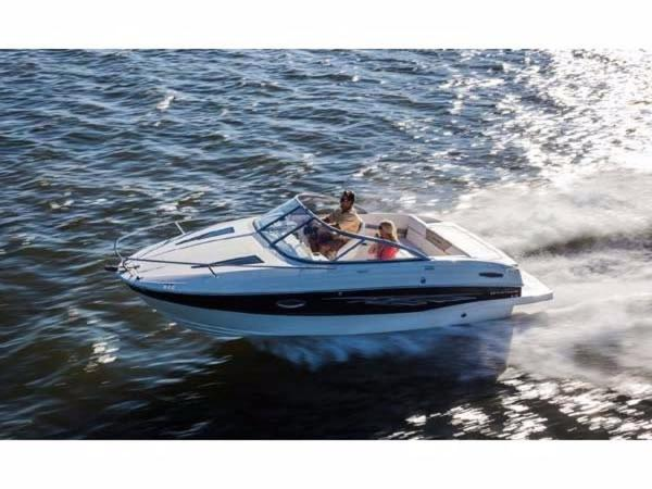 Bayliner 642 Overnighter Cuddy