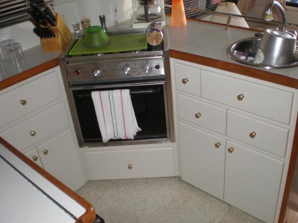 Propane stove-oven