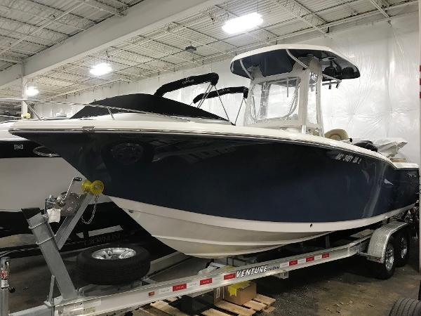 Tidewater 230 LXF Exterior 1