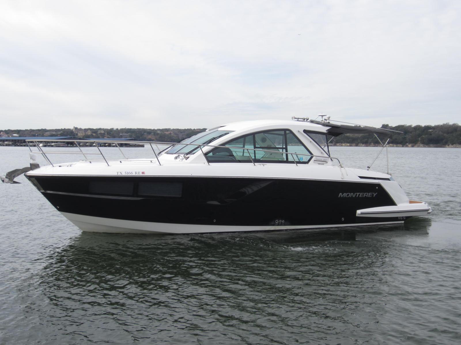 Monterey 360 Sport Yacht
