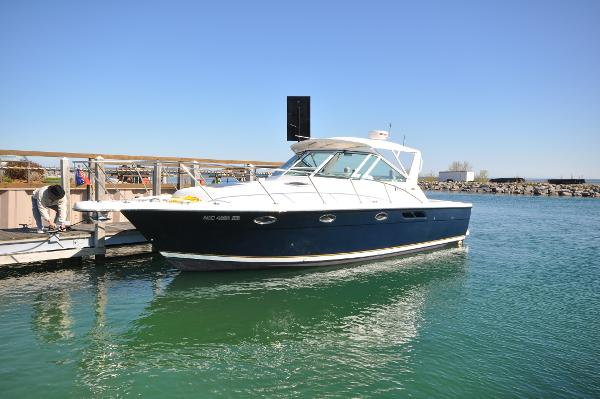 Tiara 3100 Open Port Profile 1