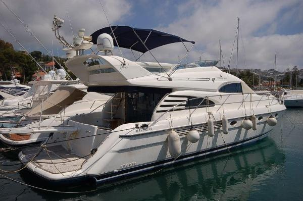 Fairline Squadron 55 2004 Fairline Squadron 55 SYS YACHT SALES