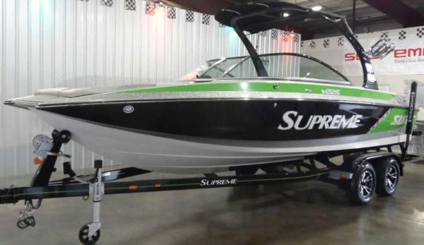 Ski Supreme V226