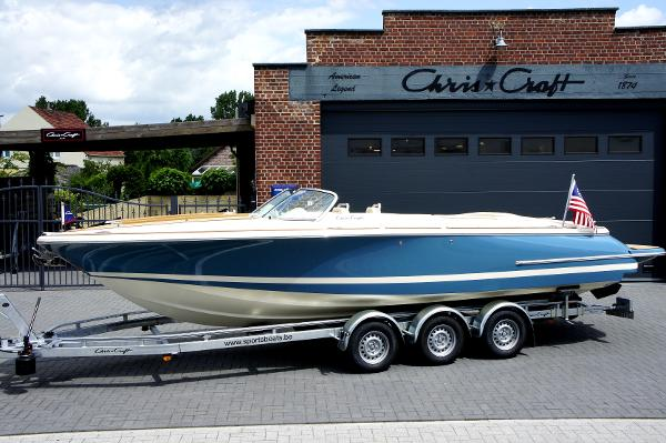 Chris-Craft Corsair 27