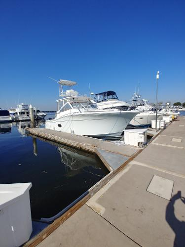 Luhrs 37 Canyon Express Luhrs 37 with triples