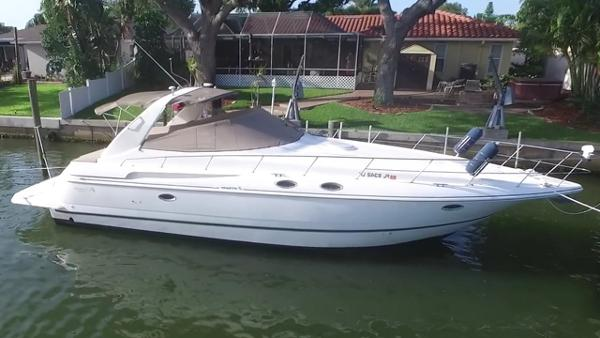 Cruisers Yachts 3870 Express Profile