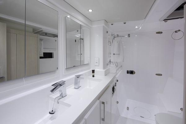 Moorings 5800 Bathroom