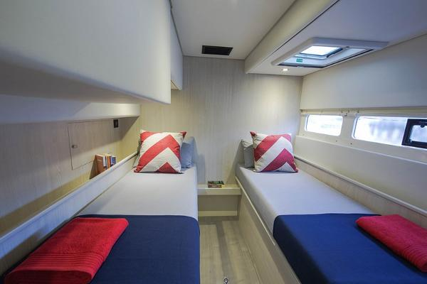 Moorings 5800 Twin Cabin