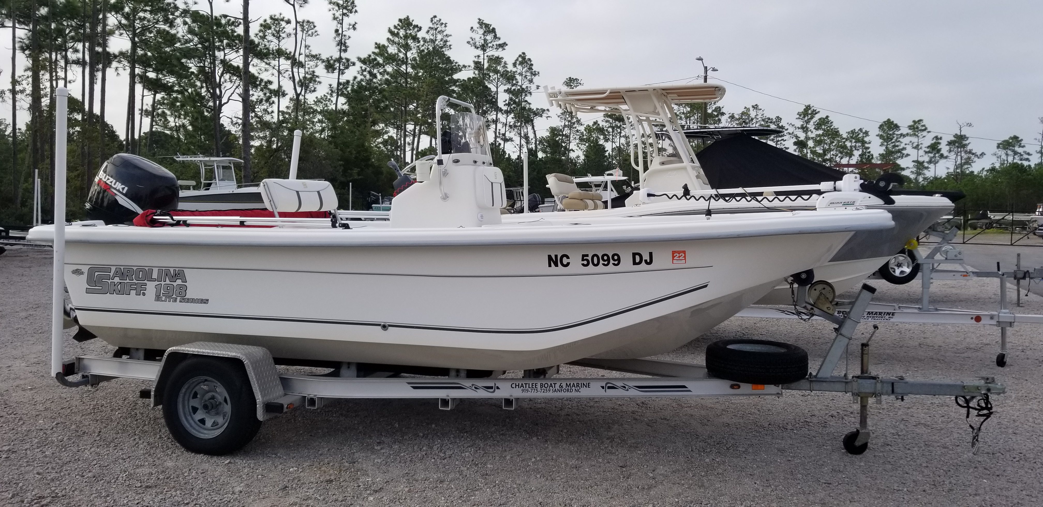 Carolina Skiff 198 DLV Elite