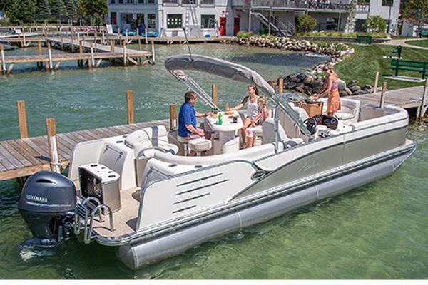 Avalon Catalina Entertainer - 25'