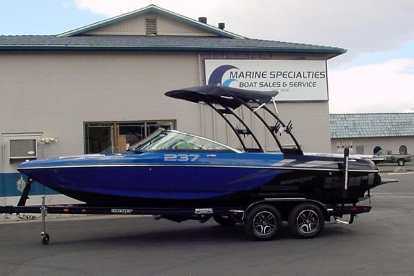 Sanger Boats 237SX