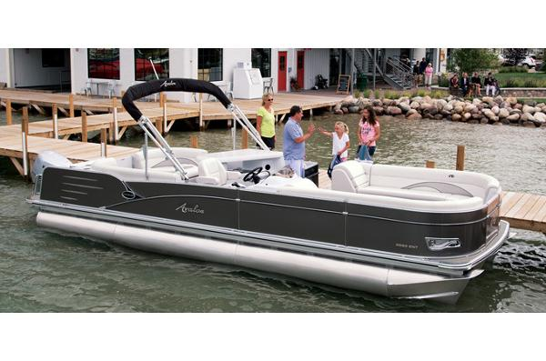 Avalon Catalina Entertainer - 27'