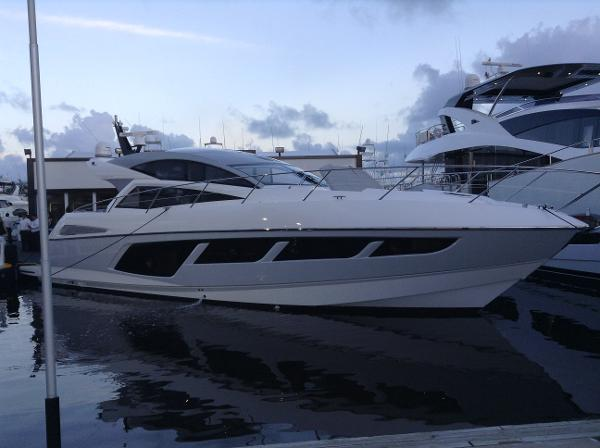Sunseeker Predator 57 Sunseeker 57 Predator Profile (Sistership Photo)