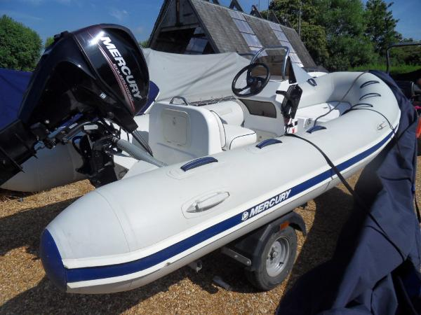 Mercury Inflatables Ocean Runner