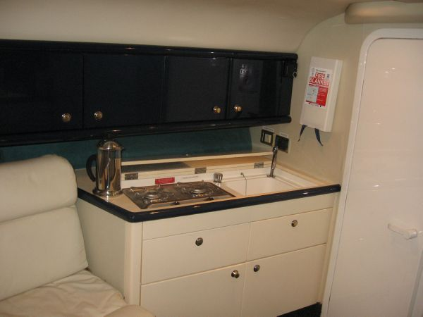 Saloon stbd.Galley