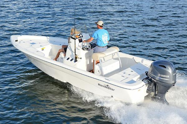 NauticStar 2140 Sport Shallow Bay Manufacturer Provided Image