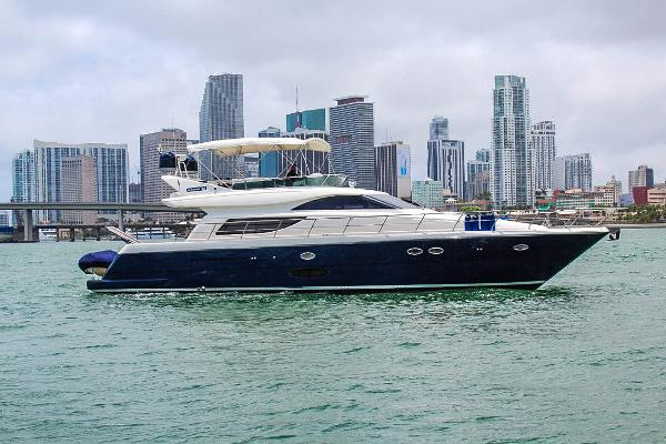 Uniesse 58 fly 58Ft. Uniesse 58 Fly 2006