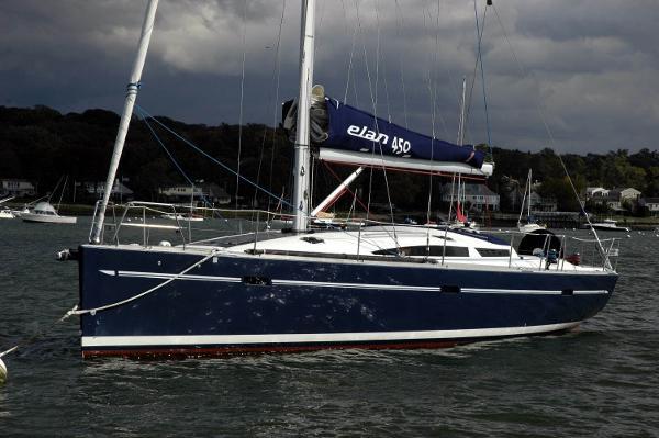 Elan 450 Profile