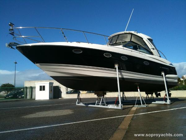 Monterey 375 Sport Yacht Exterior - Monterey 375 SY
