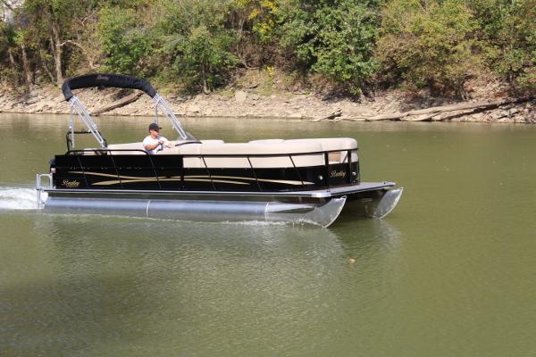 2018 bentley pontoon boat.  pontoon bentley 240 cruise se  140hp 20 pics on 2018 bentley pontoon boat