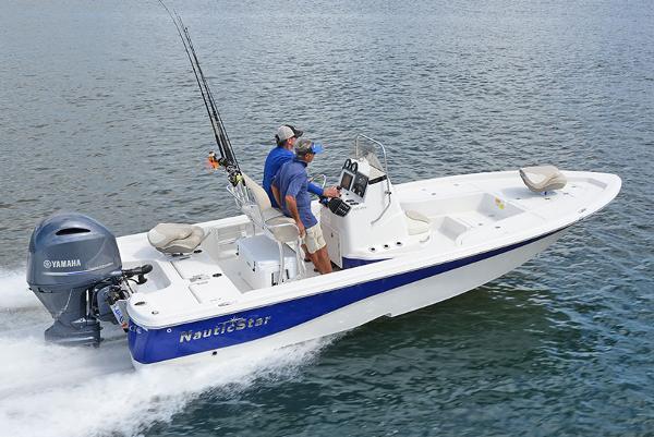 NauticStar 215 XTS Shallow Bay