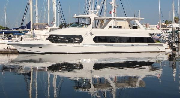 Bluewater Yachts 680