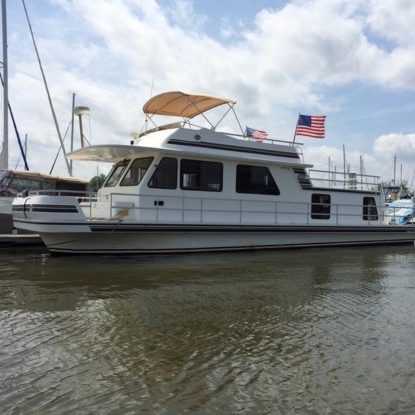 Houseboat Gibson 50 House Yacht