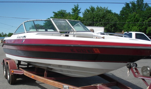 CARAVELLE BOATS Interceptor Stock C118F
