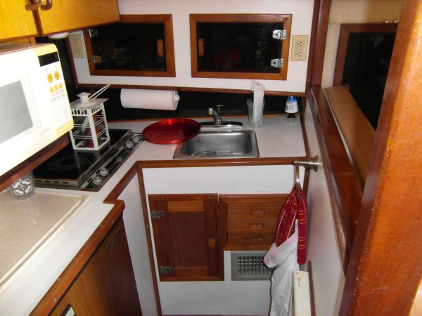 1995 Sportfish Starboard Galley