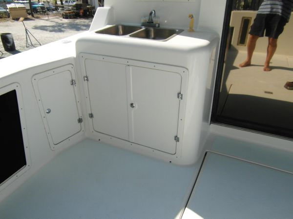 1995 Sportfish Cockpit Sink and Storage