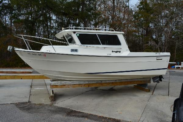 Sea Sport 2200 Sportsman Profile