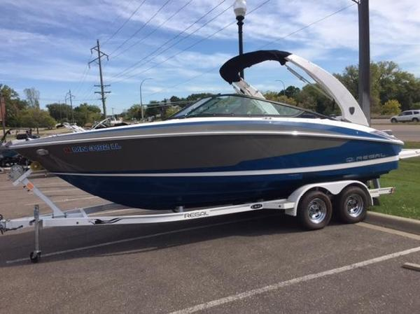 Regal 2300 RX Bowrider
