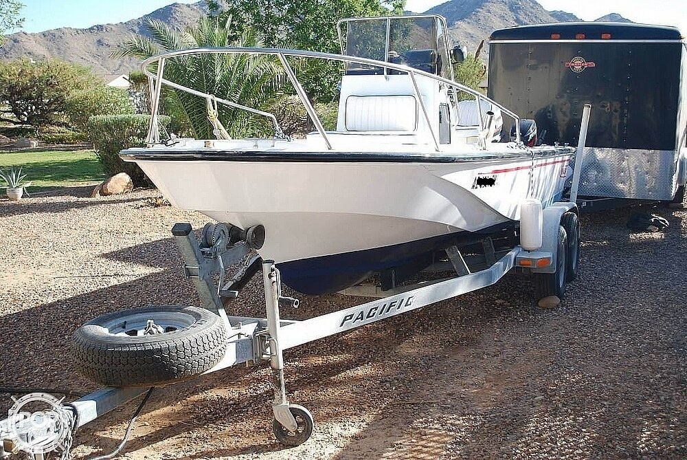 Boston Whaler 190 Outrage 1990 Boston Whaler 190 Outrage for sale in Queen Creek, AZ