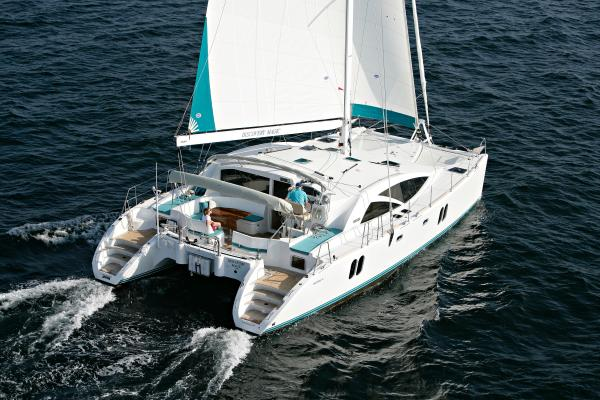 Discovery Cat 50 blue water cruiser Discovery 50 Cat under sail