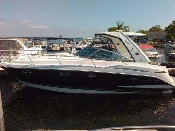 Monterey 355SY Sport Yacht