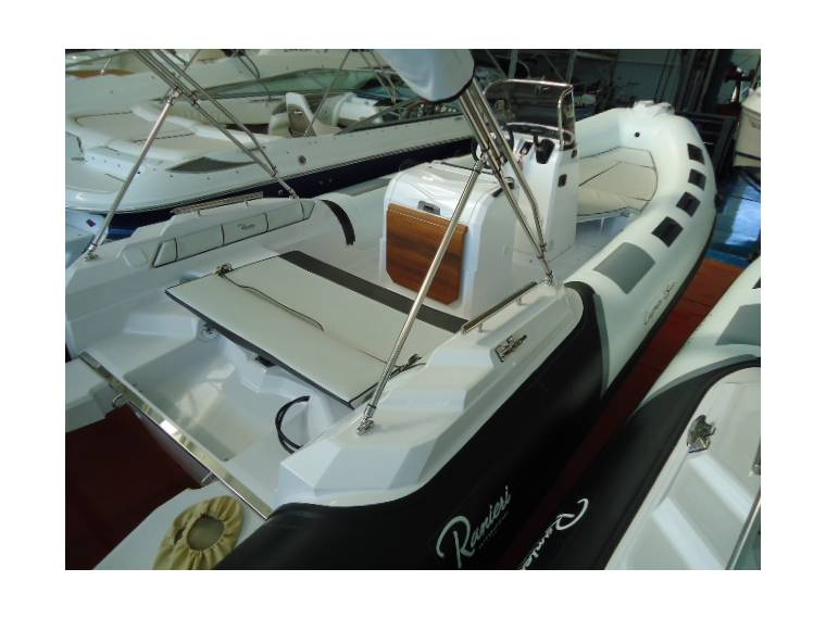 Ranieri International Ranieri RIBS Ranieri Cayman 23 Sport