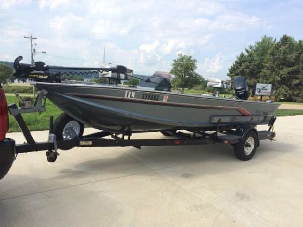 Used freshwater fishing boats for sale in iowa united for Used fishing boats for sale in iowa