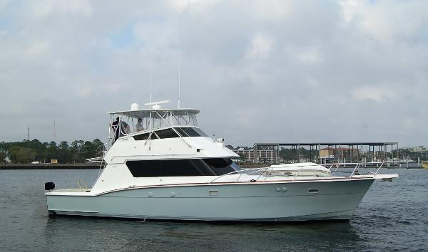 Hatteras 52 Convertible Profile 1