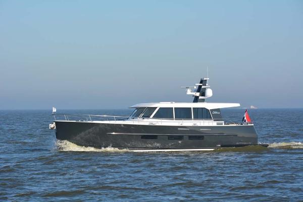 Sturier Dutchman 52 Port Profile