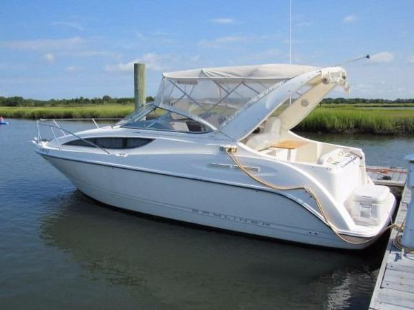 Bayliner 285 Cruiser Profile