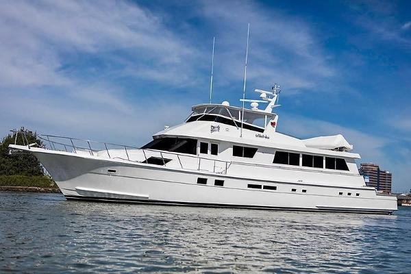 Hatteras Motoryacht Nauti Lass