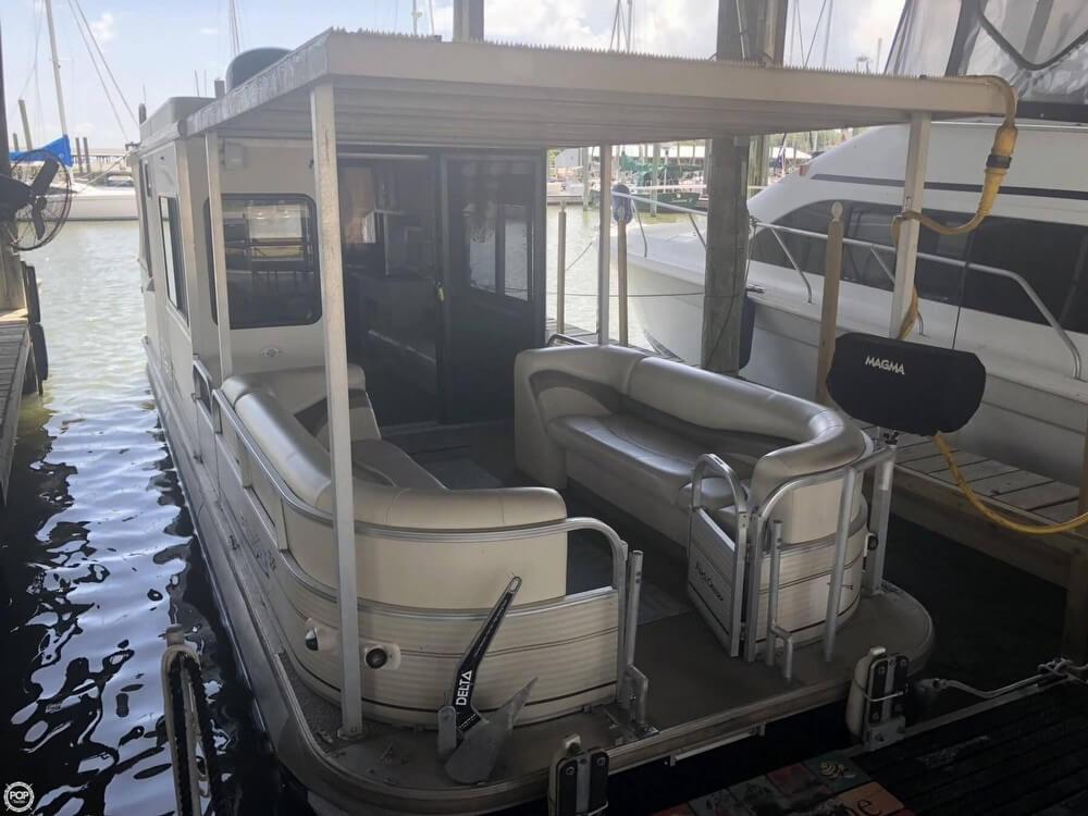 Sun Tracker Regency Party Cruiser 32 2006 Sun Tracker Regency Party Cruiser for sale in Shoreacres, TX