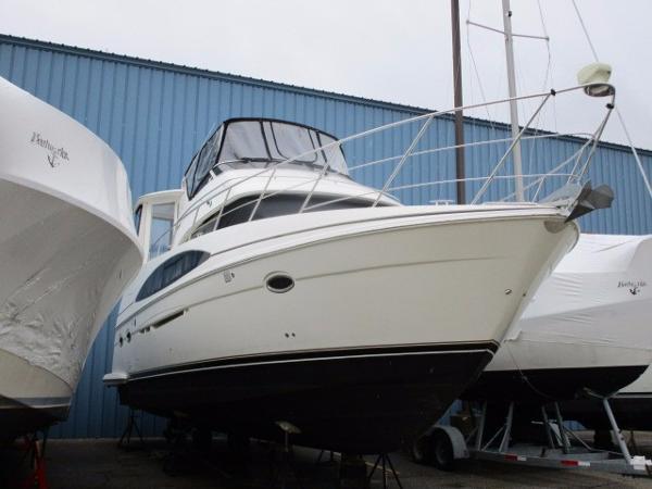 Carver 396 ES Motor Yacht