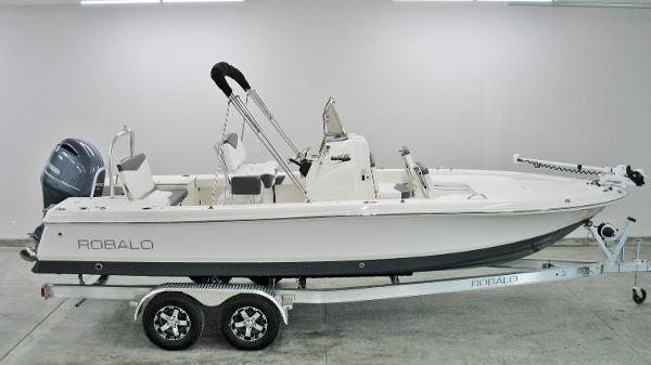 Robalo 226 Cayman 2018 Robalo 226 Cayman For Sale at Yachts to Sea