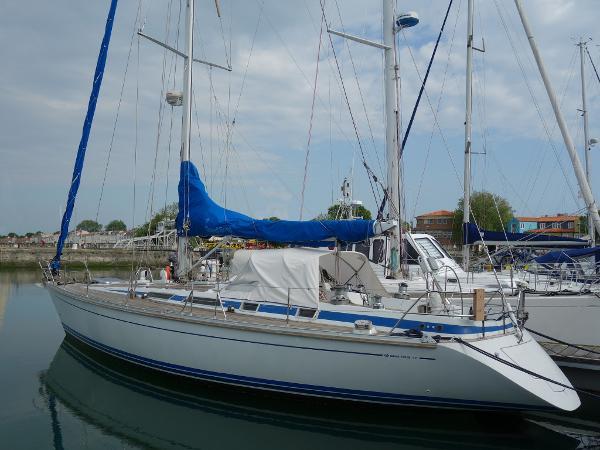 Grand Soleil 45 AYC Yachtbroker - Grand Soleil 45