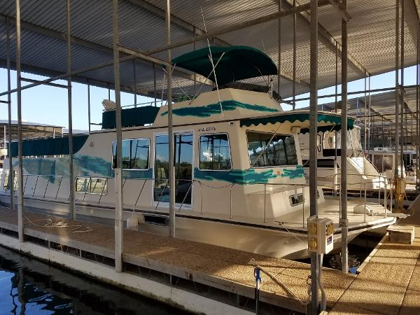 Harbor Master 52 Houseboat