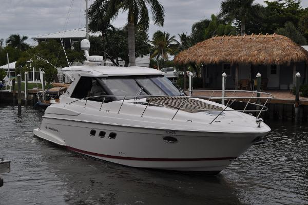 Regal 42 Sport Coupe Starboard Side